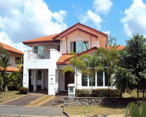 1 - Houses For Sale In Thalawathugoda At Eden Gardens